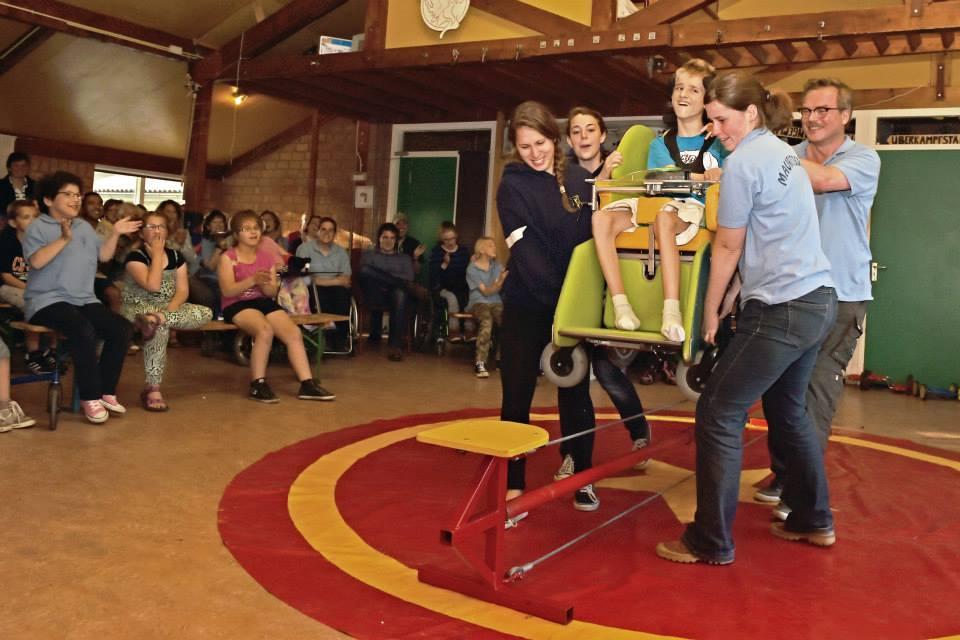 hoezo zou je met een rolstoel niet kunnen koorddansen? - Circus Kiko Workshops