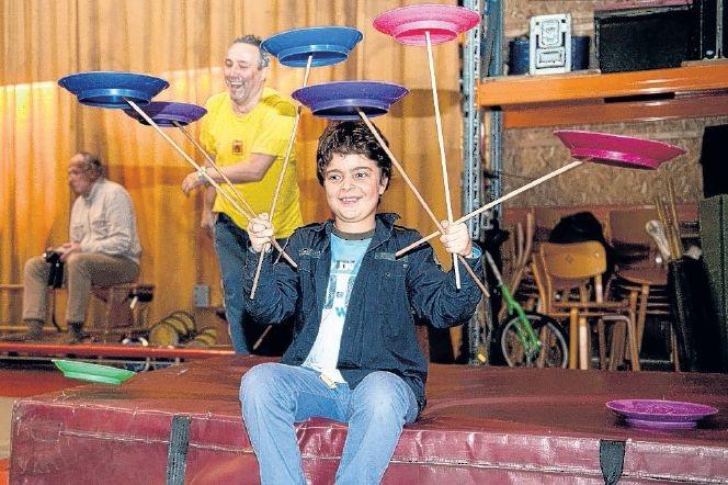 Circus Kiko Workshops - workshop jongleren en circus workshops