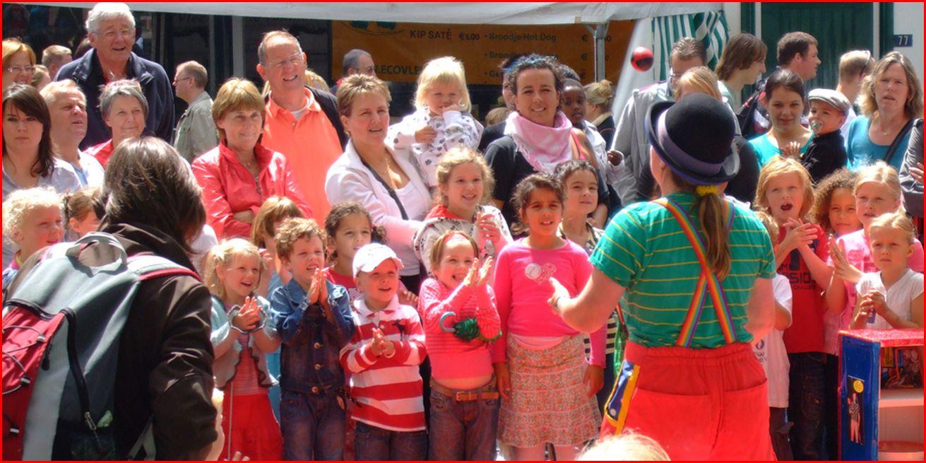 Jongleur Kiko - straatshow - straat(jongleer)show