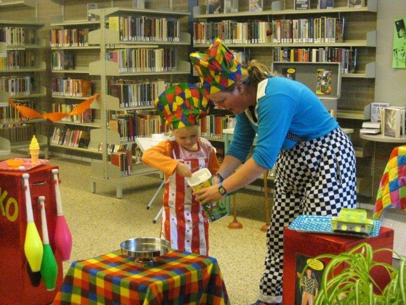 Clown Kiko Kindervoorstelling 'In de Soep' - Kiko's Kindertheater