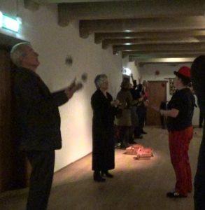 jongleer workshop circus Kiko vitale ouderen in kasteel Dussen
