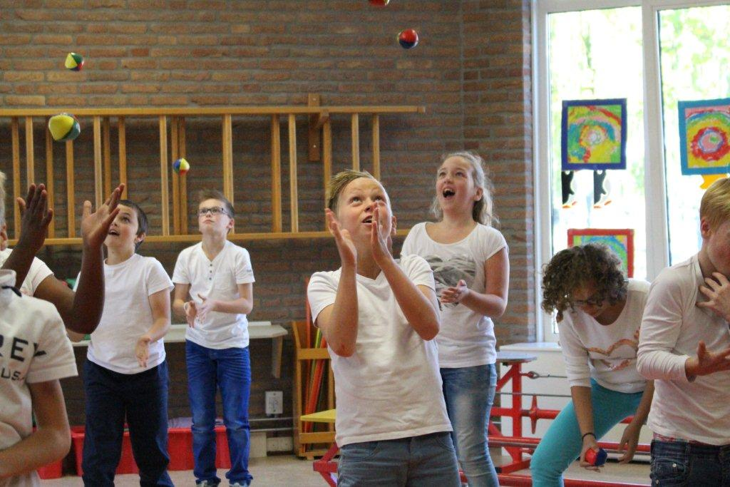 circus kiko workshops dag op school jongleren