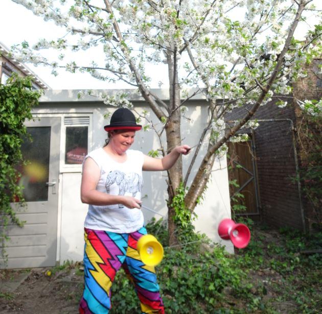 Kiko jongleur - diabolo's