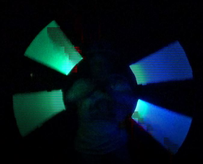Jongleur Kiko staff spinning LED licht